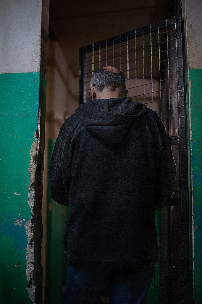 Man walking into the dormitory. He has lived in Monteagudo for 7 years. He did not want to reveal his face or name.